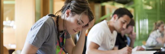 Studenti in aula studio